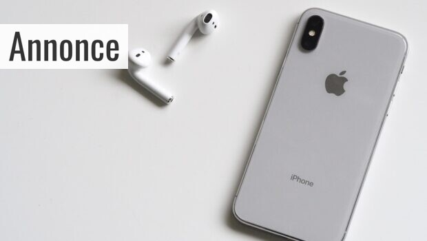 silver-iphone-x-with-airpods-788946